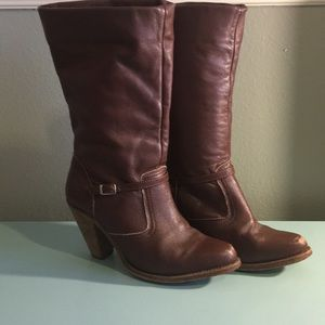Vintage leather boots!